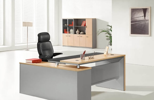 רכישת רהיטי משרד חדשים