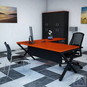 שולחן מזכירה יוקרתי Extra – M5רגל שחורה - מיסתור עץ