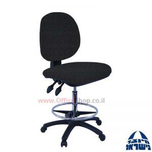 כסא שרטט מרופד דגם MORAN-בסיס שחור חישוק ניקל