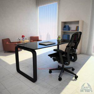 שולחן כתיבה Ola Glassזכוכית שחורה מחוסמת – רגל שחורה