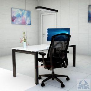 Sapir Glass שולחן כתיבה זכוכית אקסטרה קליר בצבע לבן שלג - רגל שחורה