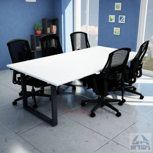 שולחן ישיבות מודרני דגם WINDOWרגל שחורה