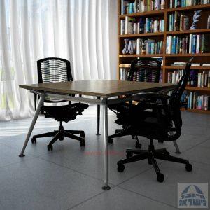 שולחן ישיבות מרובע דגם Spider רגל כרום ניקל