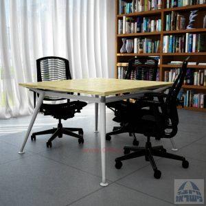 שולחן ישיבות מרובע דגם Spider רגל כסופה