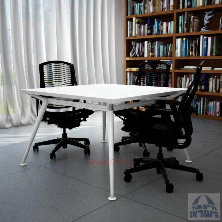 שולחן ישיבות מרובע ויוקרתי דגם Spider בהתאמה אישית