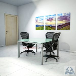 שולחן ישיבות מרובע דגם Moro Glass רגל כסף זכוכית לבנה