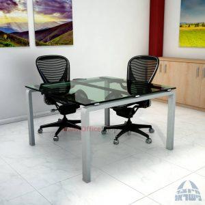 שולחן ישיבות זכוכית מרובע ויוקרתי דגם  Moro Glass  בהתאמה אישית